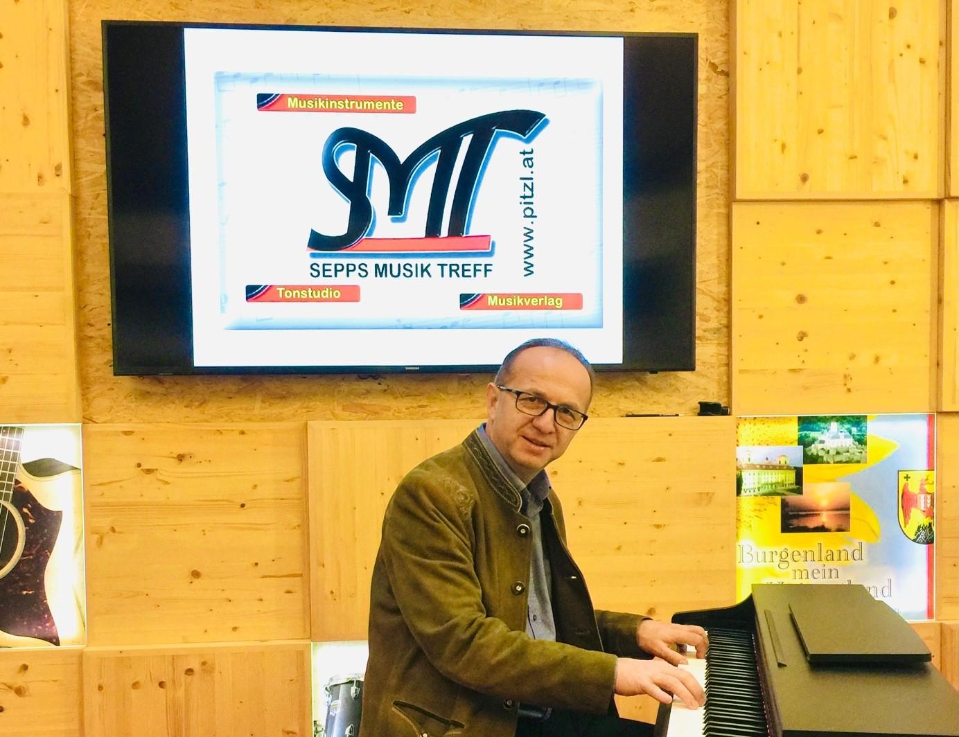 Josef Sepp Pitzl - Inhaber Sepps Musik Treff SMT